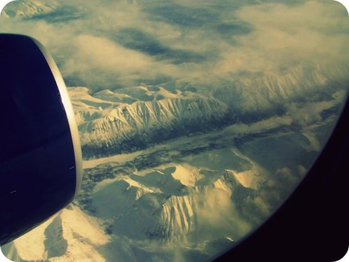 theshelteredlife:  Soaring over Canad-i-a!  I was in Canada once! (Just in the air.)