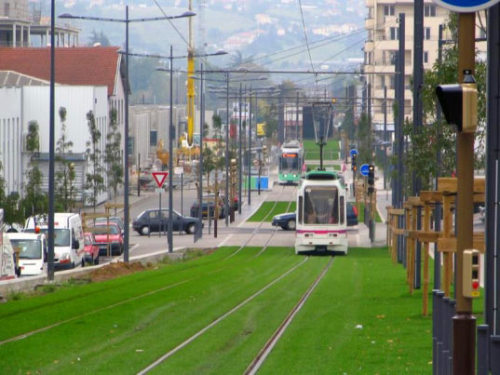 Inhabitat » Europe's Grass-Lined Railways St. Etienne, France