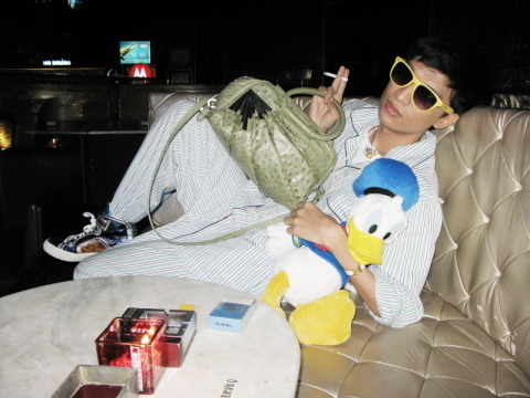If you aren't familiar, this is BryanBoy with HIS Marc Jacobs bag. Quite stylish, don't you agree?!!! But as I wrote to a reader earlier who asked me if I liked a pair of shoes or not, style is personal and should be what you feel comfortable and confident in. (The shoes were not for me, but if she loved them, she should grab them!)  Obviously BryanBoy exudes both in his pj's with his special purse.  Confidence vomited all over this guy (I mock, but having a bag, lovely or ugly, named after you is pretty damn cool.) So who I am to judge.