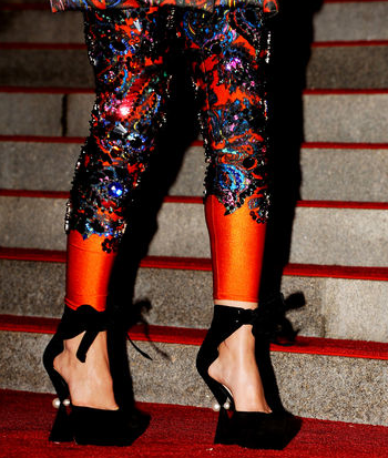 I have to mention Leighton Meester's Louis Vuitton shoes….Amazing.  Wow.