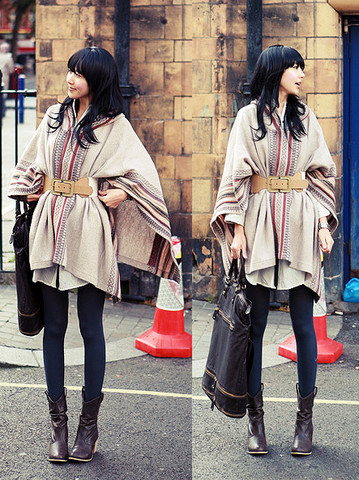 LOOKBOOK.nu: Cape lovin' Perfect way to wear a cape!