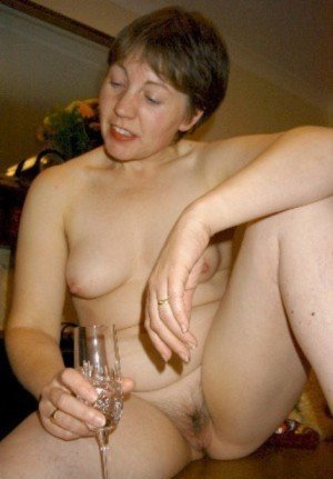 gillianb:  Nude wine tasting  -  and it looks like she's enjoyed a few glasses.  She wouldn't be slurring her words would she?