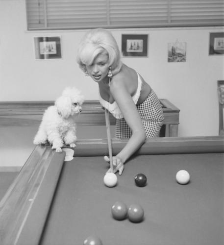 retrolife: Little known fact:  Jayne Mansfield was a pool hustler…