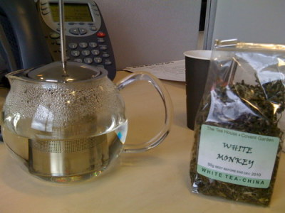 The tea tasted today is called White Monkey (white tea-China). Quite taste-less, but in a good way. Very easy to drink. Awesome name…  7/10