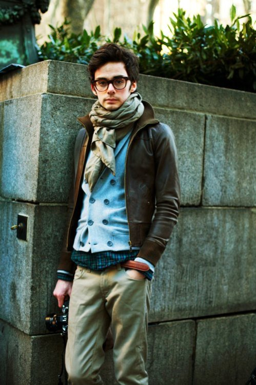From The Sartorialist. Great color palette and tonal gradations (talking about the image…The clothes are nice too.)