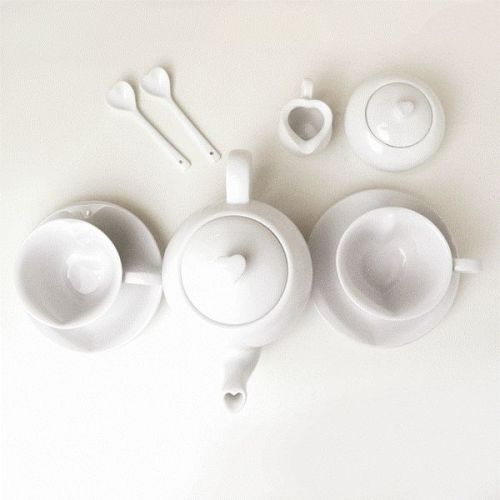 libraries: { simplesong } : heart tea pot set