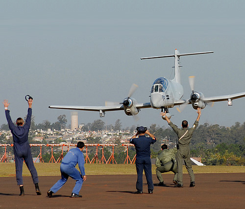 Argentinian Air Force FMA Pucara, Argentina, June 19, 2009 (photo by Marcelo Allende)  UPDATE: the whole sequence here
