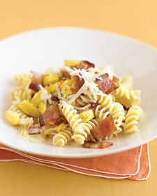 Creamy Fusilli with Yellow Squash and Bacon Click-through for recipe! via