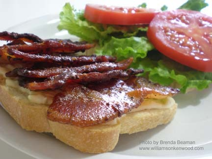 Bayou BLT Another Mardis Gras hit! Click-through for recipe. via BaconFreak