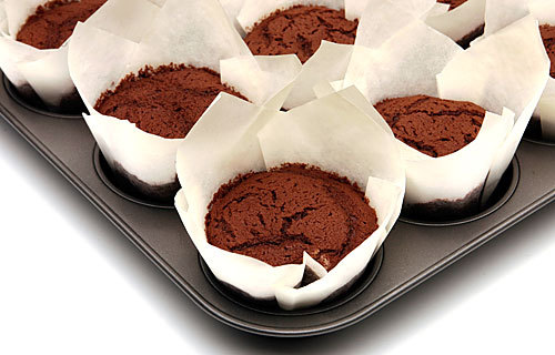 Recipe: Chocolate cupcakes - Los Angeles Times