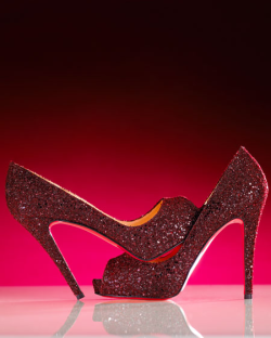 moonriverdahling:  marjchun:  clockwatching:  highonheels: Louboutin   There are no words.