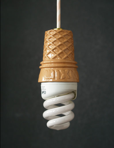 tsupo:  tomisima: swissmiss: whippy - the perfect summer lamp  なんかいいかも。
