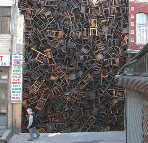 Doris Salcedo (via DailyServing.com)