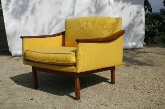 Lushpad - Danish Modern Chair if this were located in atlanta, i would find a way to justify buying this today even though i don't have any room in my house and already own too many chairs.  it matches my yellow chairs perfectly.