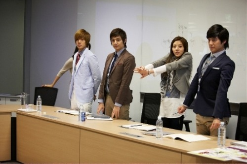 with Kim Hyun Joong, Son Dambi and Kim Bum for Anycall Haptic Mission