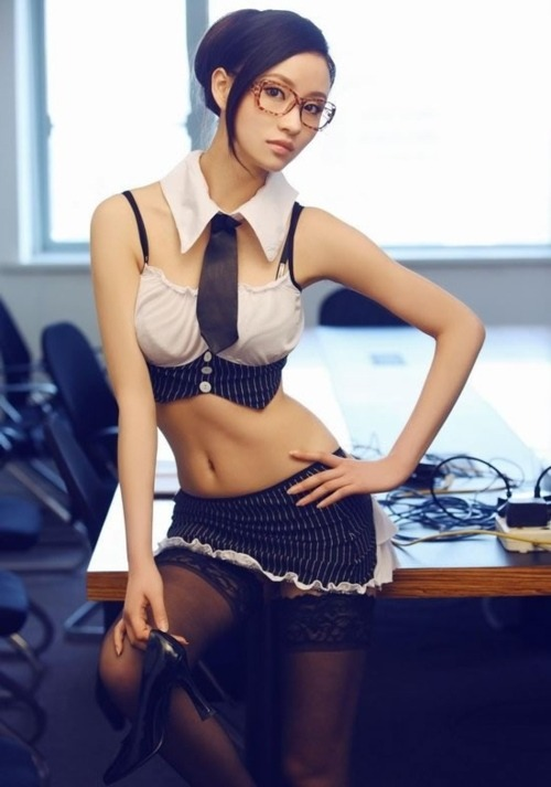 hornyasiangirls:           Visit us to see more sexy, horny asian girls! www.hornyasiangirls.org