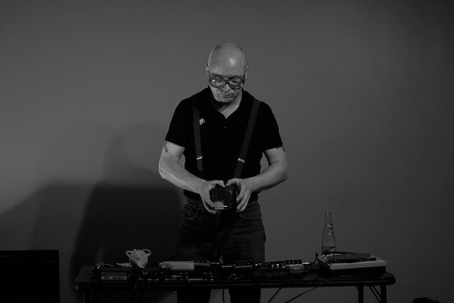 Radius highlights Episode 03: Andy Ortmann in the next episode re-broadcast on NUMBERS.FM. NUMBERS.FM is a new (media) online radio station for experimental musics, snd, audio arts, and other uncategorizable sonic events. The program broadcasts Monday, April 01 at 8:03pm CST on NUMBERS.FM. Listen to the NUMBERS.FM online stream on iTunes and Windows Media Player.