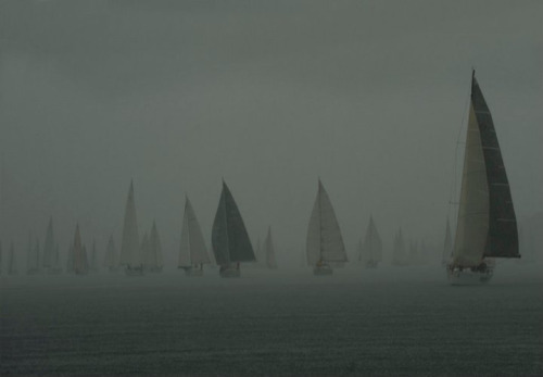 thebigsundayco:  Sailing in the fog photo by Coskun Aydin