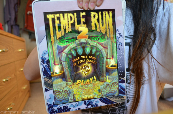 cuntgrats:  i took another picture of temple run 2 bc its perf.