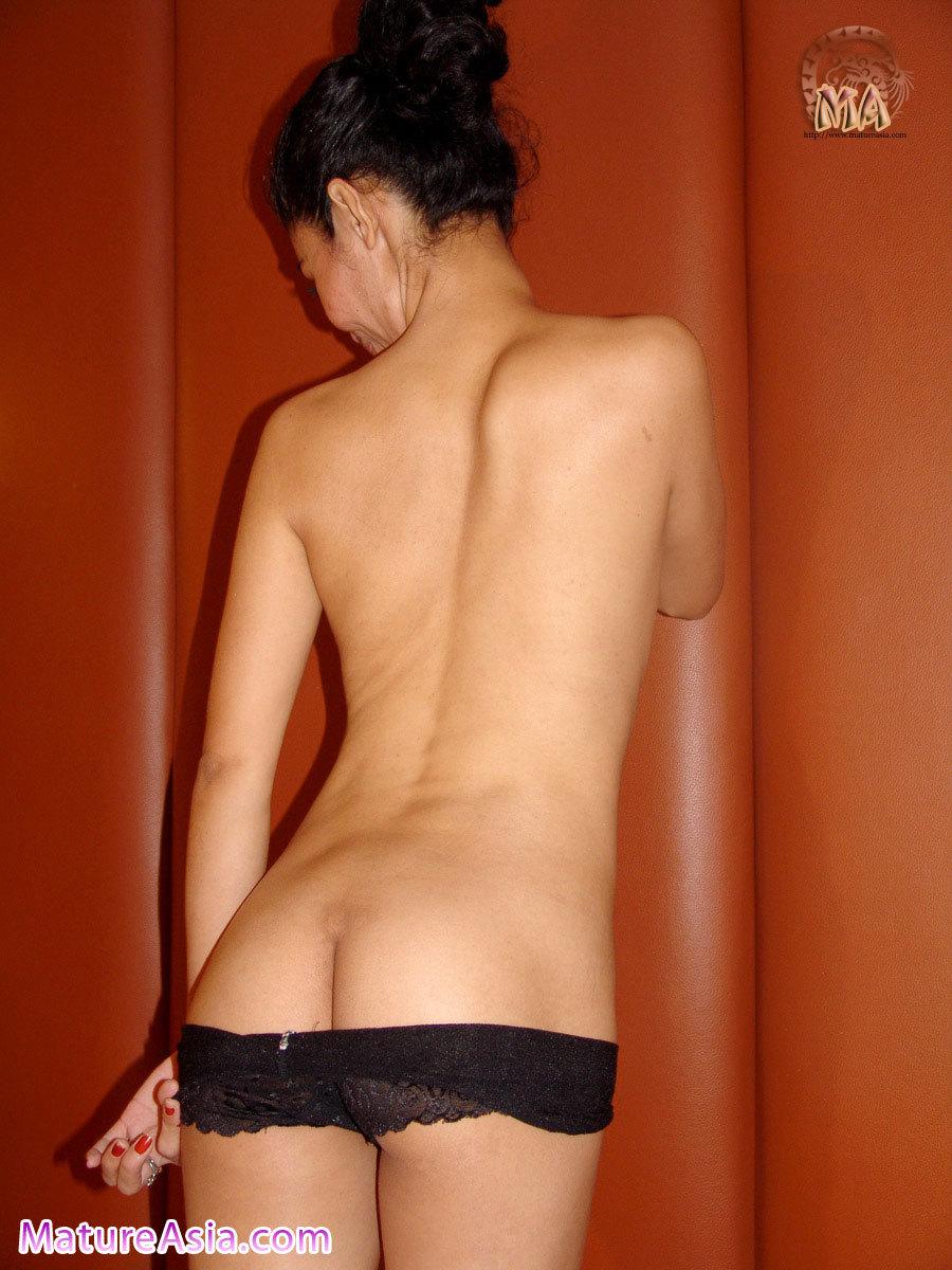 asiana women