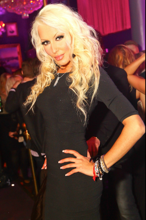 At rose club in sthlm, last saturday :)