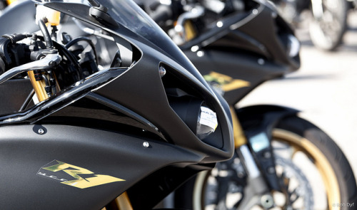 motorcyclesunited:  Yamaha R1 by Bob Dyf on Flickr.