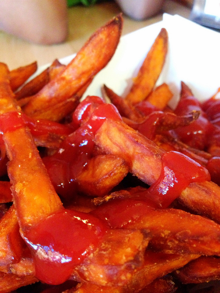 foody-goody:  Sweet Potato Fries