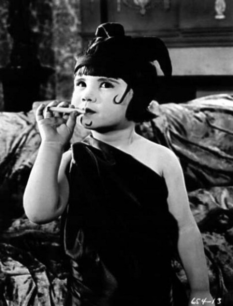 "Child star Baby Peggy as Pola Negri in ""Peg O' The Movies"" (1923)"