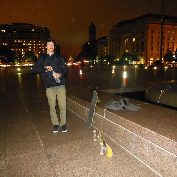 Midnight skate-topia #dc #freedomplaza (at Freedom Plaza )