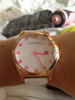 zerl:  this is my favourite marc jacobs watch i've seen so far