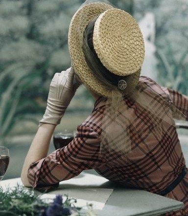 vintage-fashionista:  1940s