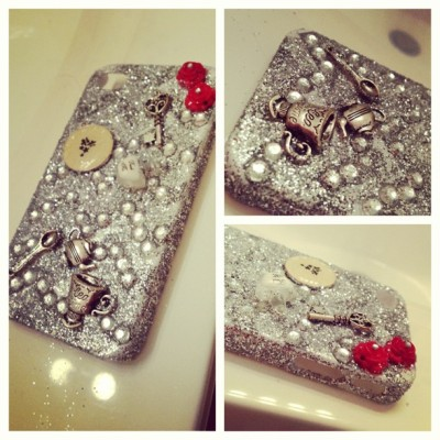 rainbowofideas:  #picstitch #iphone #4/4s #naturalflash #glitter #glam #roses #red #silver #tea #forsale My new iPhone 4/4s topsy tervy case is done! This case is one of a kind and handmade by yours truly! $20! ❤🌟