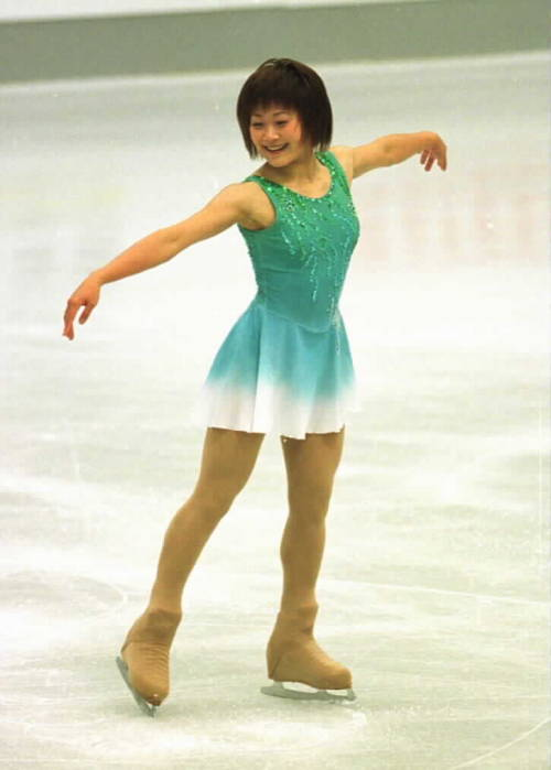 Yoshie Onda's short program costume at the 2002 Bofrost Cup. Photo by Barry Mittan.