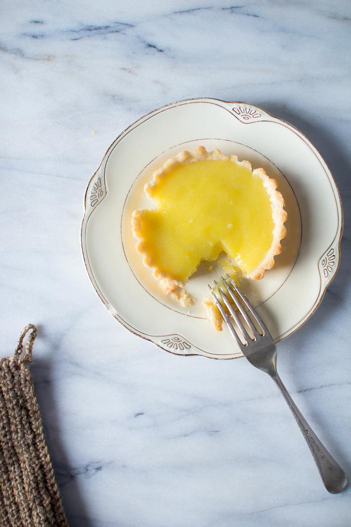 lemon tartlet with olive oil.