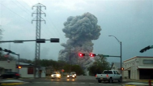 breakingnews:  Plant explosion shakes Texas town, at least 100 reported injured Update: Department of Public Safety official said more than 100 dead. NBC News: The town of West, Texas, has been evacuated following a large explosion at a fertilizer plant Wednesday night. There is currently no clear number of casualties, but a spokesperson for the Texas Department of Public Safety said at least 100 were injured. The explosion, which took place at around 8 p.m. was reportedly heard at least 45 miles away and knocked out several surrounding buildings. Emergency officials from around the state are being called to the scene.  Photo: Smoke rises from the scene of a fertilizer plant explosion near Waco, Texas. (Mariah Garcia via NBC DFW)  oh my god what a tremendous trajedy, this could only be the result of terrorism.