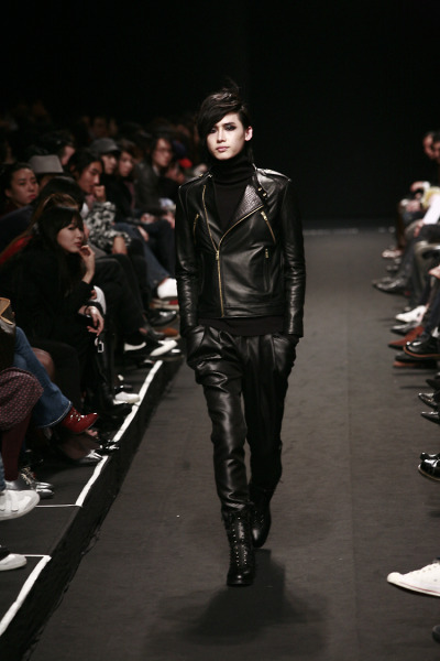 "2009-10 F/W Seoul Collection ""Goth Rider"""
