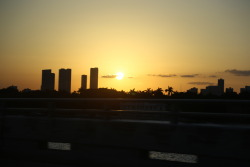 limitless-horizons:  miami sunset