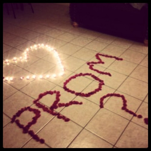 How My Love Asked Me To Prom:)<3
