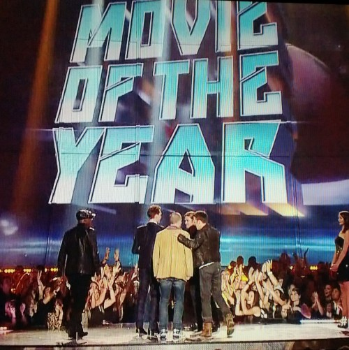 #TheAvengers win Movie of the Year at the #MTVMovieAwards