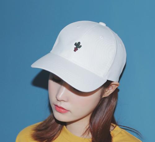 hats summer essentials shoptokyoblue grunge fashion
