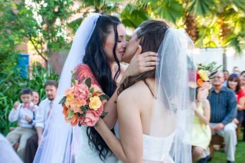 две лесбиянки трутся письками