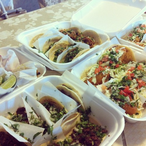 mexicanfoodporn:  Taco Dreaming.  Photo: kkkatrinaaa