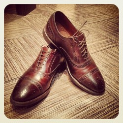 Начистил башмаки в ожидании весны. #shoes #shoeshine