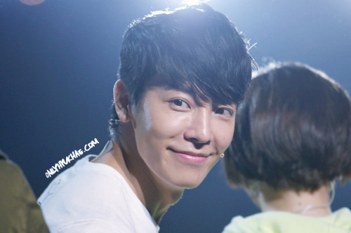 ONLYHYUKHAE splash page update