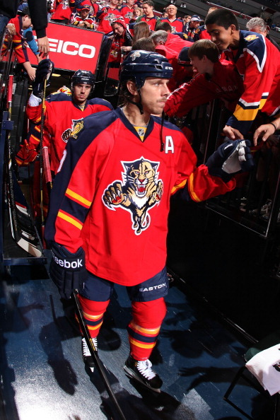 Love the red jerseys. Best in NHL #FlaPanthers