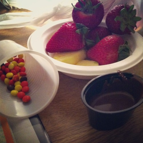 How I study for #finals #strawberries #reeses #chocolate #pineapple