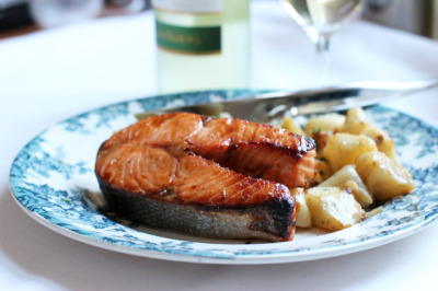 Hoisin Glazed Salmon with recipe (link)