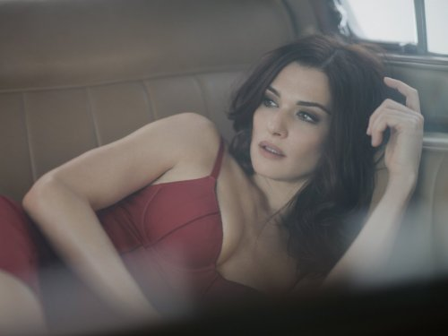 Wow - Rachel Weisz with looks set to stun…