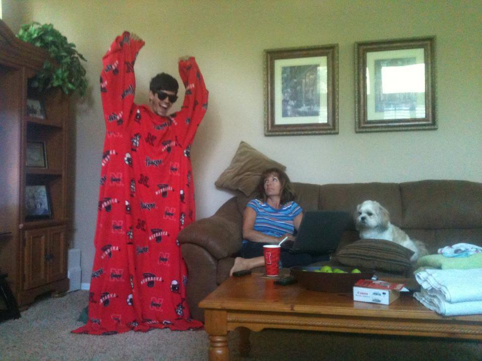 cokeflow:  Me pretending to be in the Snuggie commercial ft. mom