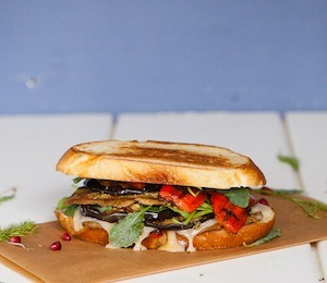 findvegan:  Grilled Cheese Sandwich with Walnut Pesto Seitan